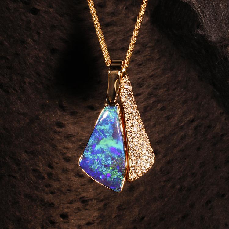Boulder Opal SQ 750